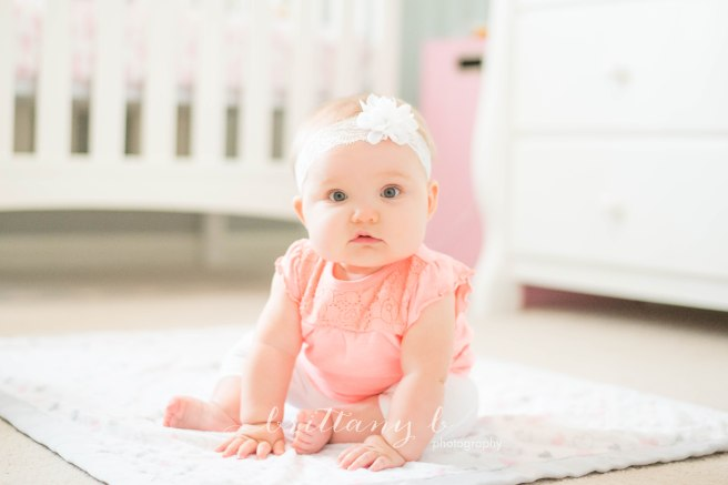 2017_08_Sitting Up_Lily-1