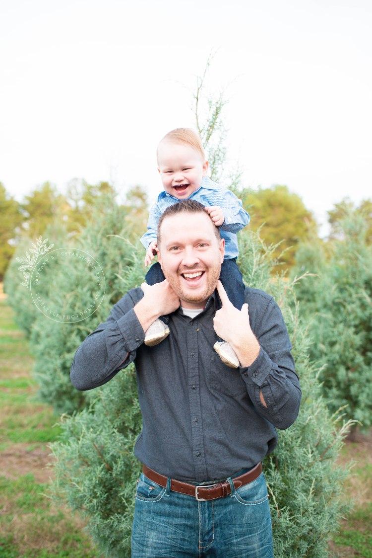 112017_L family tree farm-12